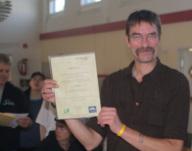 Heiko Püschel mit der Urkunde für den 1.Platz in
