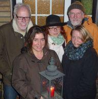 Fünf Musikerinnen von Hüttenfolk