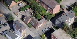 Hier ist die WG Luisenhof in Kiel per Luftaufnahme zu sehen