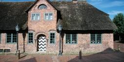 Das heimatmuseum steht im Ortsteil Dorf in der nähe der Kirche