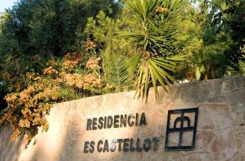 Den Lebensabend unter Palmen genießen: Es Castellot macht´s möglich