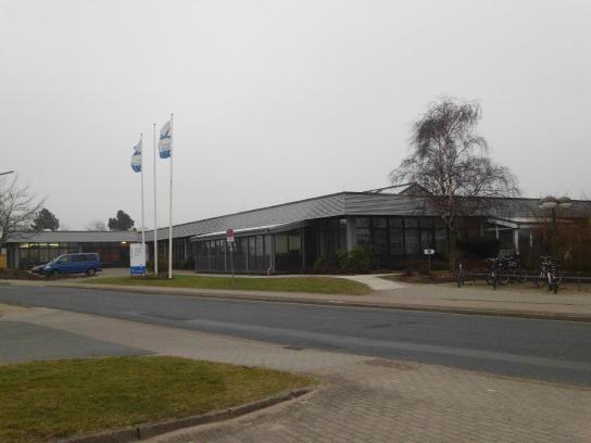 Außenansicht des Dienstleistungszentrums der Husumer Werkstätten