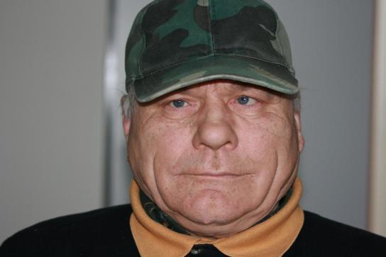 Ernst Rudoff ( 61 Jahre)