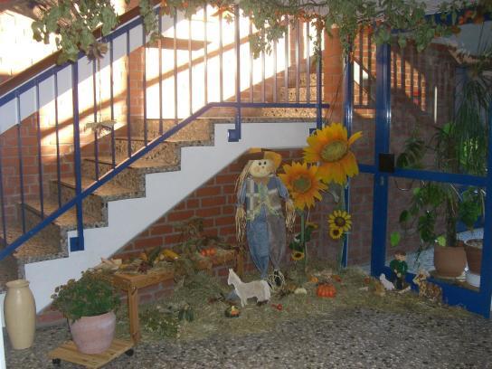 Der Jahreszeit angepasst, wird unser Foyer dekoriert.