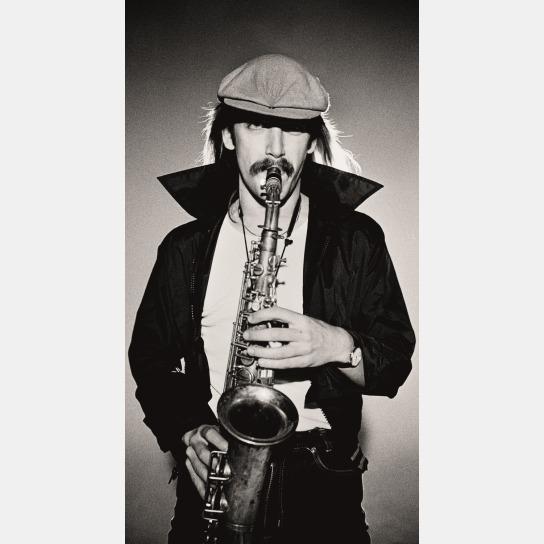 Bild Richard Wester spielt Saxophon