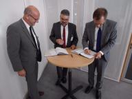 Bild 1 (von rechts):  Johannes Pfeiffer, Geschäft