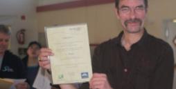 Heiko Püschel mit der Urkunde für den 1.Platz in der Einzelwertung.