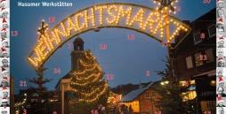 Der typische Eingangslichterbogen auf dem Husumer Weihnachtsmarkt zur abendlichen Dämmerung.