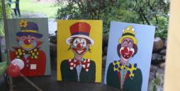 Drei verschiedene Clownsbilder