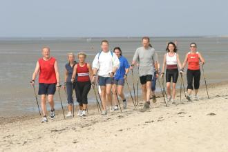 Nordic Walking am Strand von Föhr
