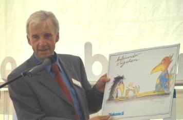 Georg kallsen präsentiert das Motto der Feierlichkeiten: Aufeinander zugehen