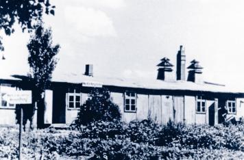 Die Anfänge des zukünftigen Theodor-Schäfer-Berufsbildungswerkes liegen in einer alten Baracke.
