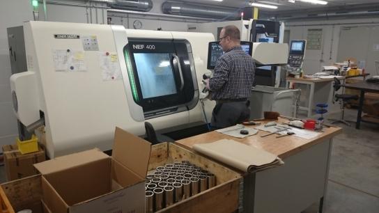 Vollautomatisierte Metallbearbeitung mit computerg