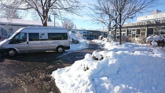 Schneemassen schränken Fahrdienst ein.