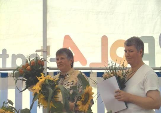Inge Lorenzen und Maren Petersen feierten ihr 40jähriges Dienstjubiläum
