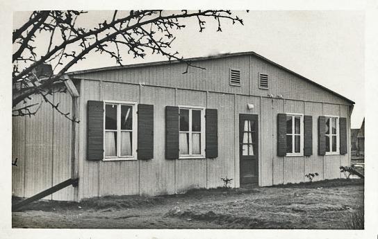 Der Eingangsbereich des JAW Neumünster zu Beginn der 1950er Jahre