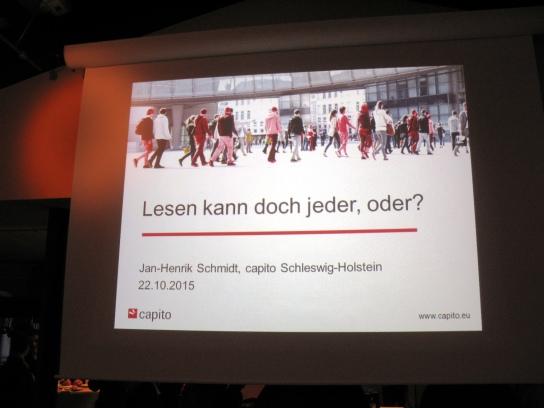 Auf einer PowerPoint-Präsentations-Folie stehen d