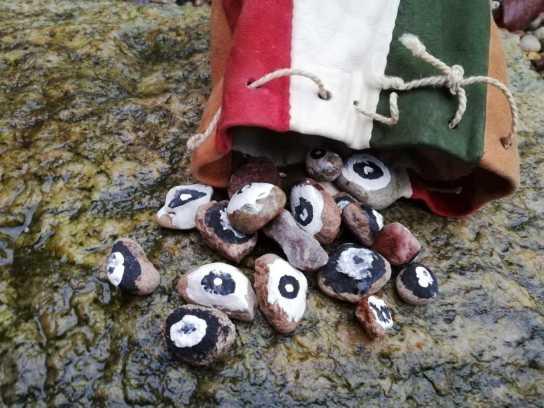 einfaches Spielzeug der Kolonistenkinder