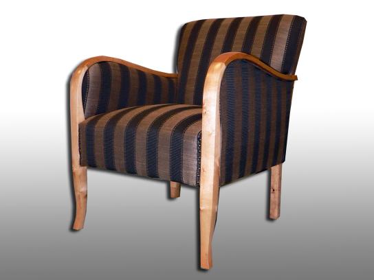 50er Jahre Sessel komplett aufgearbeitet. Möbelstoff Kirkby House. 2009.