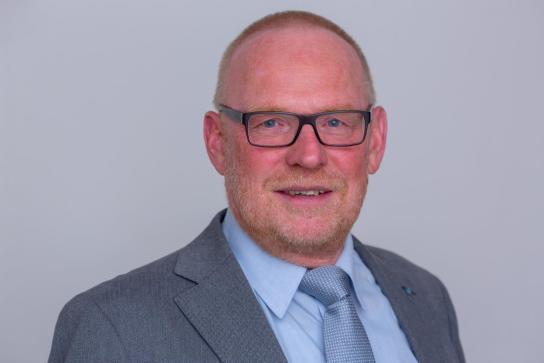 Reinhard Arens