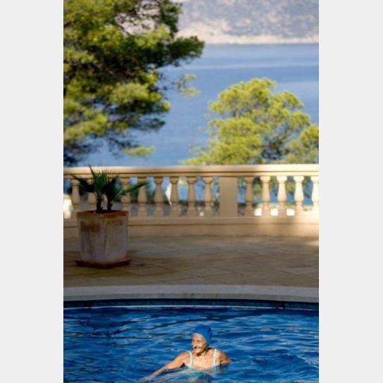 Nach der Siesta in den Pool: Freizeitspaß in Es Castellot