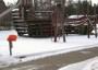 Spielschiff im Schnee