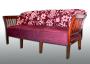 Stilsofa mit zweifarbigem Bezug. Möbelstoff Saum & Viebahn 2009.