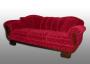 Sofa aus den 50er Jahren. Bezogen mit rotem Schattenmohair.